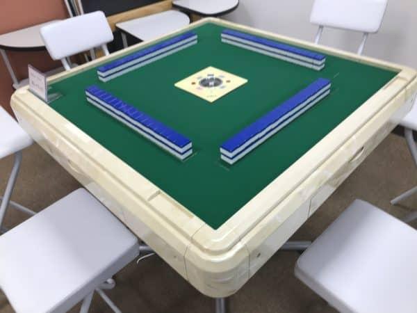 aqua-table-naname
